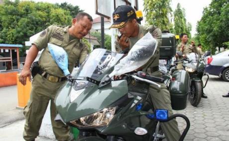 Satpol PP kota tegal Gunakan Yamaha R25 untuk kawal Walikota 3
