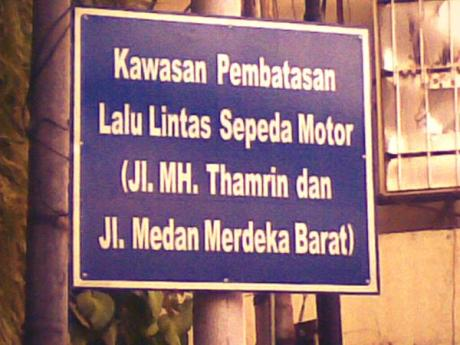 sepeda motor dilarang melintas di jalan merdeka barat