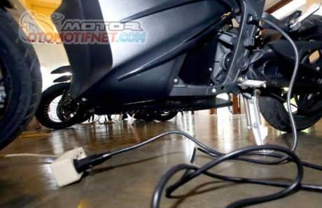 test-ride-Zero-DS-motor-listrik-05