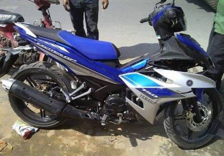yamaha exciter jupiter mx 150 king kecelakaan di vietnam