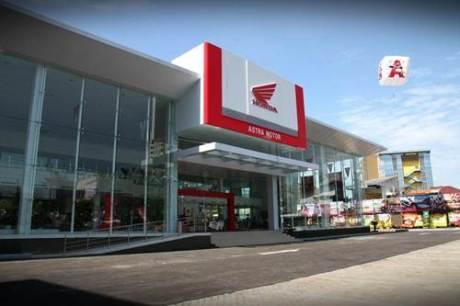 Hingga tahun 2014, jaringan dealer Astra Motor tersebar di 21 provinsi di berbagai penjuru Indonesia siap memberikan pelayanan terbaik bagi konsumen dalam melakukan pembelian, perawatan, dan penyediaan suku cadang sepeda motor Honda.