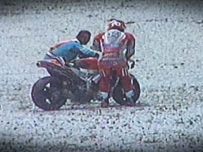 Dovizioso Crash Motogp Michelin Test Sepang 2015 001 Pertamax7.com