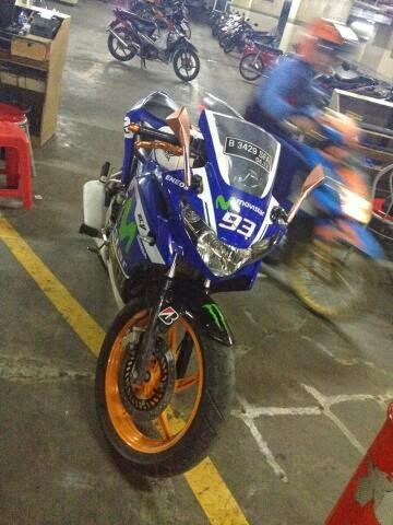 Honda CBR150R Livery Movistar Yamaha Motogp 003 pertamax7.com
