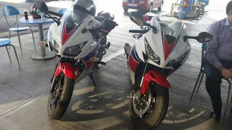 honda CBR300RR RWB dan Honda CBR1000RR Fireblade 2012 pertamax7.com