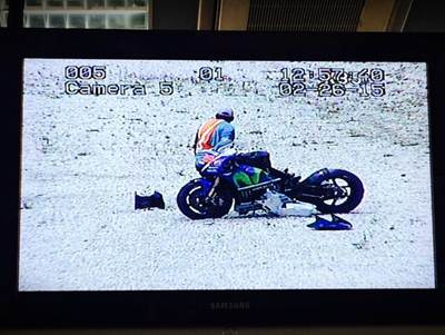 Lorenzo Crash Motogp Michelin Test Sepang 2015 002 Pertamax7.com