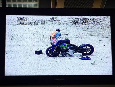Lorenzo Crash Motogp Michelin Test Sepang 2015 002 Pertamax7.com