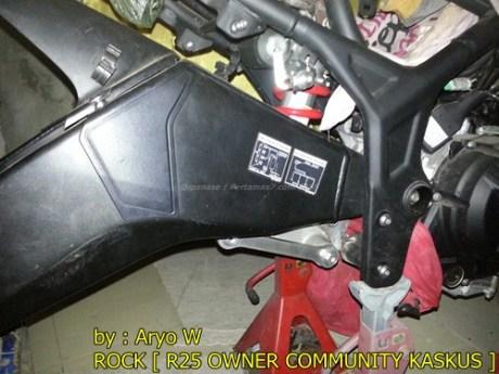 Pasang Swing Arm Yamaha R6 di yamaha R25 006 Pertamax7.com