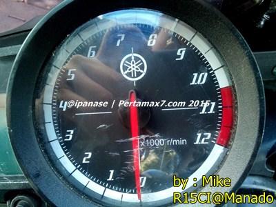 Speedometer yamaha R15 retak karena sinar matahari di Manado 002 Pertamax7.com