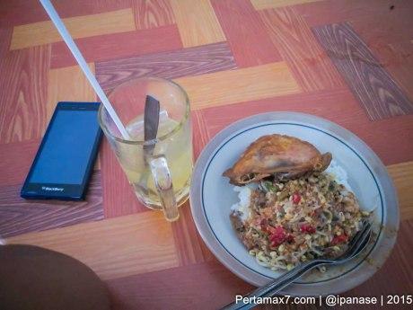 Makan Siang Nasi Pecel Mbok Sinem Sukoharjo Pertamax7.com_-3