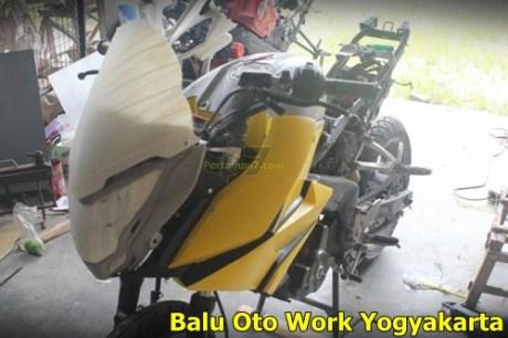 Modifikasi Kawasaki Bajaj Pulsar 200NS Jadi Bajaj Pulsar 200 AS ala balu Oto Work 007 Pertamax7.com