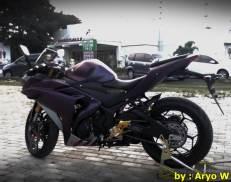 Modifikasi Yamaha r25 Bunglon ala Aryo W012 Pertamax7.com