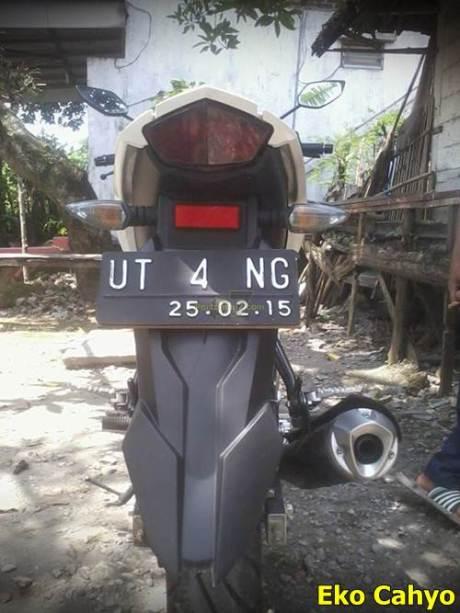 Pelat Nomer Yamaha New Viixon Unik UTANG 006 Pertamax7.com