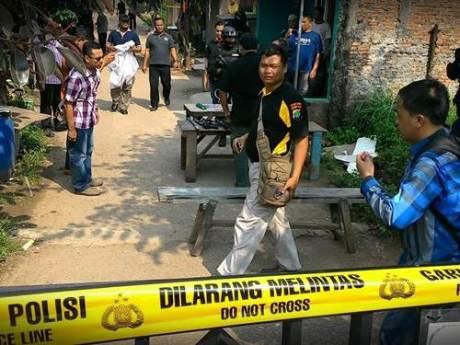 Penggerebekan diduga ISIS di Bekasi indonesia 006 Pertamax7.com