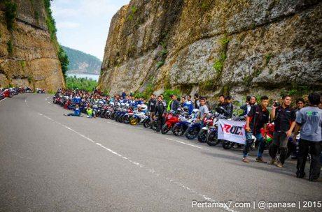 Touring Gabungan Yamaha R15 Sejatim dihadiri 200 Motor ke pantai soge Pacitan Pertamax7.com-48
