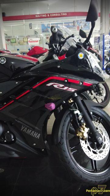 Yamaha R15 Facelift 2015 striping baru 005 Pertamax7.com