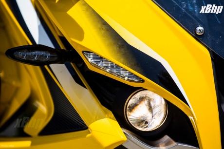 Bajaj Pulsar RS 200 Full Faired Wall Paper 34XbHP