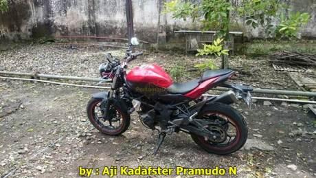 Kawasaki Ninja 250RR mono jadi naked lampu bulat 003 Pertamax7.com