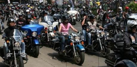 Konvoi Moge Harley Davidson di Pangandaran Tabrak Mocil 2 Meninggal Dunia salah Satunya Siswi SMA 001  Pertamax7.com