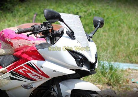 Modifikasi Yamaha R15 bermata Alien Ballu Oto Work 002 Pertamax7.com