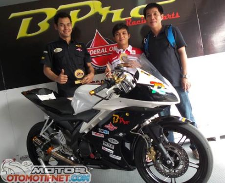modifikasi Yamaha R15-Juara-Sunday-Race-BPro-Ilegal-Racing-6
