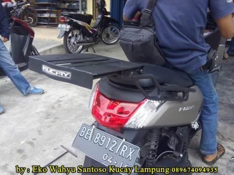 Pemasangan Braket Box Geser Kucay Lampung Yamaha Nmax 00  Pertamax7.com