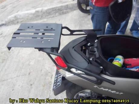 Pemasangan Braket Box Geser Kucay Lampung Yamaha Nmax 06  Pertamax7.com