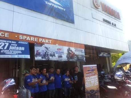 Peserta Tour de Soul naik All New Soul GT 125 di dealer Yamaha Bisma Sunset Road Denpasar Bali