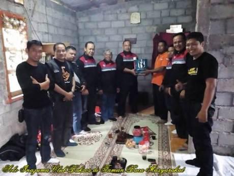 Solo Inazuma Club Berikan Bantuan Di Rumah Baca Uplik Sumowono, Semarang 01  Pertamax7.com
