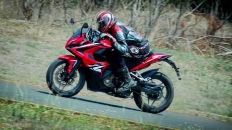 Tospeed Bajaj Pulsar RS 200 Full fairing tembus 152 km per jam 000 Pertamax7.com