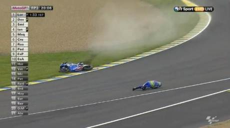 Aleix Espargaro Crash Hi SIde Motogp Le Mans france 2015 05Pertamax7.com