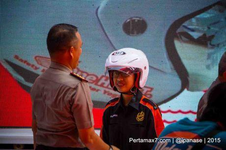 Astra Motor Bagikan 100 Helm SNI Untuk Komunitas Motor HOnda Yogyakarta_-4