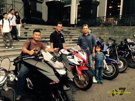 pertamax7.com bertemu honda vultus NM4 dan CBR1000RR SP