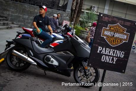 Soft Launching Moge Honda Vultus NM4 gegerkan Jogja City Mall, Komunitas moge pun takjub-3