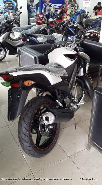 yamaha new vixon advance 2015 putih belakang