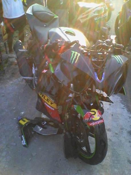 yamaha r15 tech3 motogp remuk kecelakaan di godean jogja