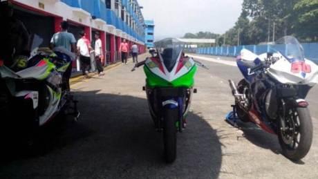 Yamaha-R25-Kejurnas-Balap-Motor-Sport-250cc ronde 1