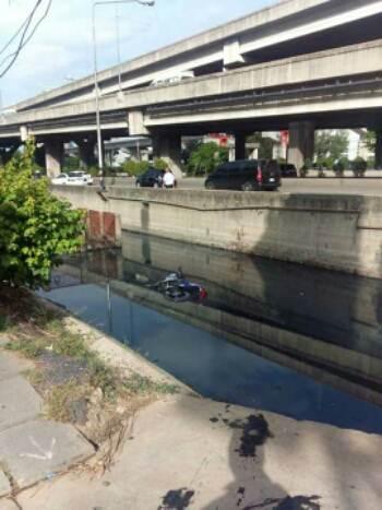 yamaha R25 masuk sungai 00 pertamax7.com