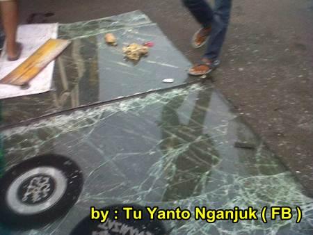 Akibat rem Blong, Bus Sugeng Rahayu Terguling di Nganjuk Jatim, 2 meninggal dunia 01 pertamax7.com