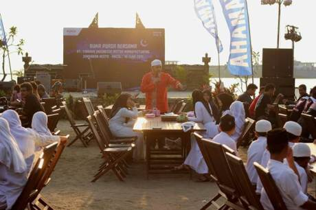Buka Bersama 100 anak panti asuhan Yayasan Khazanah Kebajikan bersama PT Yamaha Indonesia Motor Manufacturing di Jimbaran Resto Ancol Jakarta