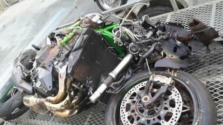 kecelakaan kawasaki ninja H2 di Afrika Selatan Rider selamat pertamax7.com