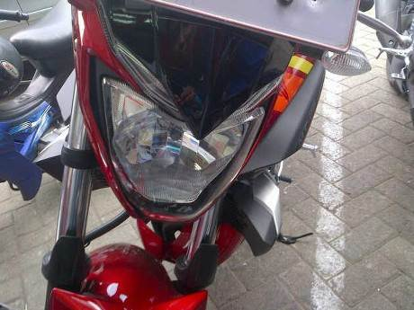 lampu depan yamaha MT-25 detik oto
