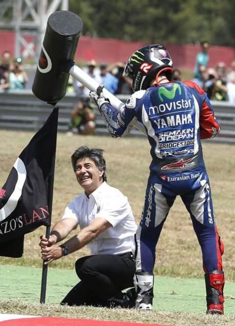 Lorenzo Hammer style motogp catalunya 2015