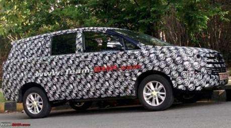 spyshoot toyota innova facelift 2016 India