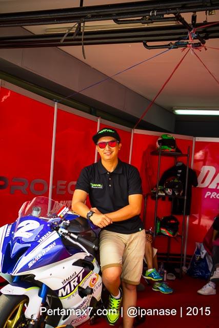 Start dari Posisi 9, Hendra Rusbule belum Klik dengan Mapping ECU Daytona Yamaha R25 nya Sunday Race R series 2015 pertamax7.com_-3