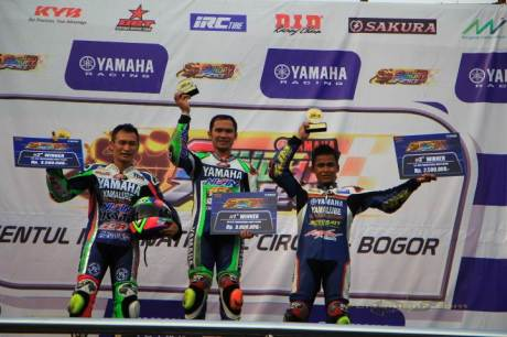 Trio Jogja Kuasai Yamaha Sunday Race kelas 250 Professional 01 pertamax7.com