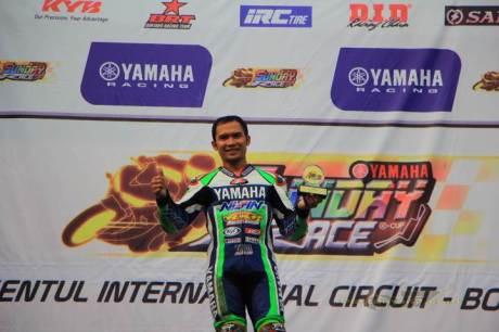Trio Jogja Kuasai Yamaha Sunday Race kelas 250 Professional 02 pertamax7.com