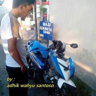 Yamaha Jupiter MX 150 baru 3 minggu Remek Kecelakaan di Magetan terbang 3 meter