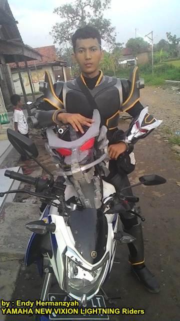 Ada Kamen Rider Onyx Naik Yamaha New Vixion Lightning Asal Pekalongan  Unik 02 pertamax7.com