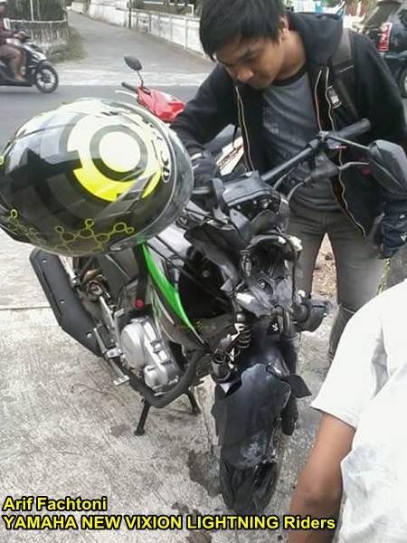 Adu Kambing lawan Honda Grand, yamaha New Vixion shock depan patah di Jogja 00 pertamax7.com