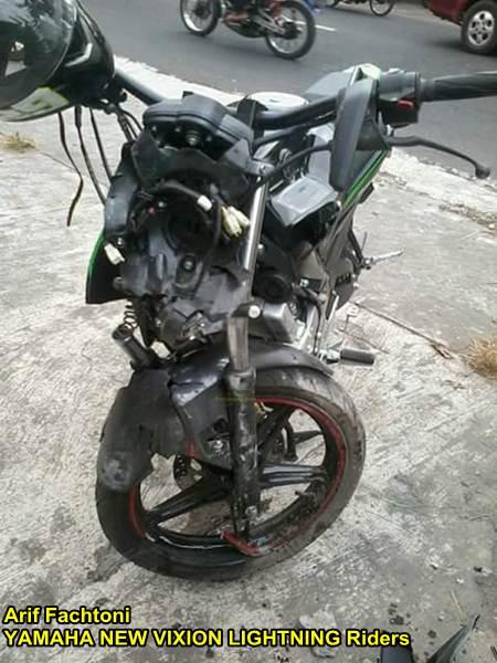 Adu Kambing lawan Honda Grand, yamaha New Vixion shock depan patah di Jogja 01 pertamax7.com